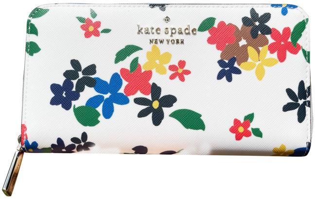 Item - White Clutch Staci Sailing Floral Large Continental Zip Cream Multi Wallet