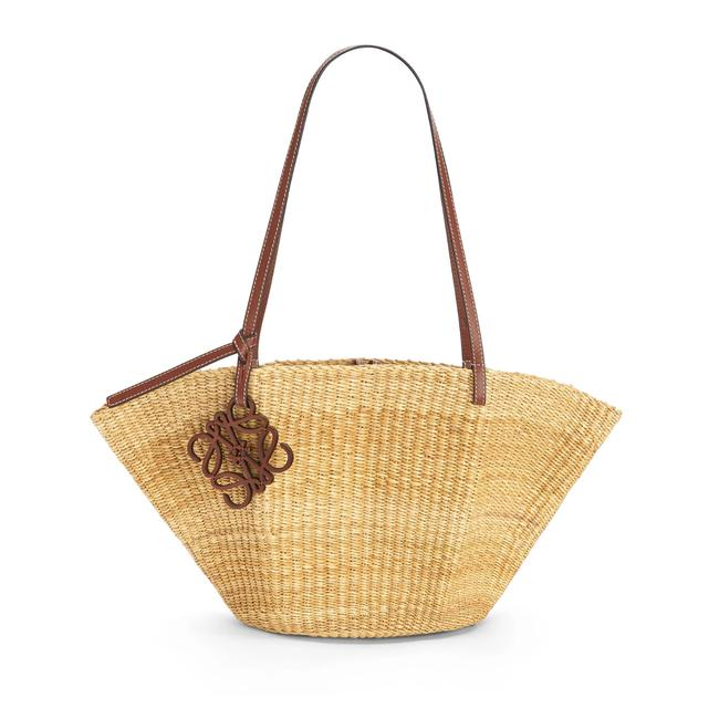 Item - Shell Leather-trimmed Woven Raffia Tan Tote