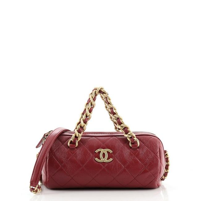 Item - Bowling Cambon Paris-31 Rue Quilted Shiny Lambskin Small Red Leather Cross Body Bag
