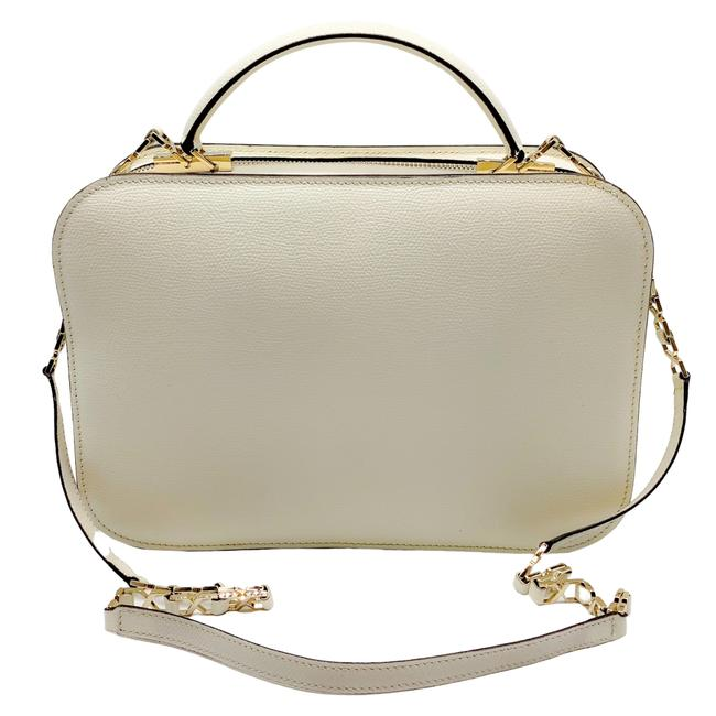 Item - Square with Chain Ivory Leather Shoulder Bag