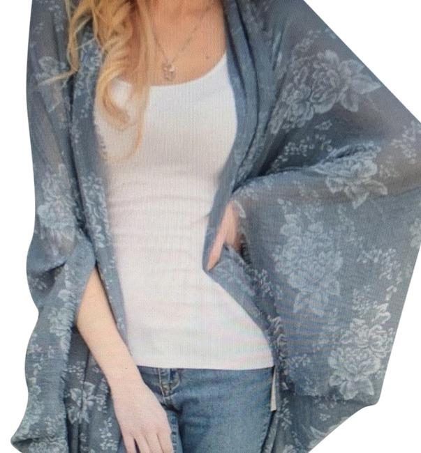 Preload https://item1.tradesy.com/images/boutique-tunic-blue-gray-2901670-0-0.jpg?width=400&height=650