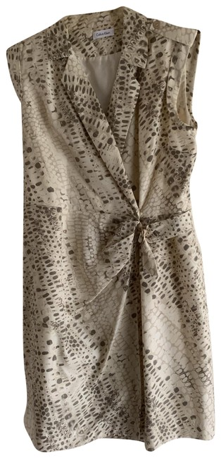 Item - Creamy Background and An Olive Green Snake Skin Pattern Sheath Wrap Mid-length Work/Office Dress Size 12 (L)