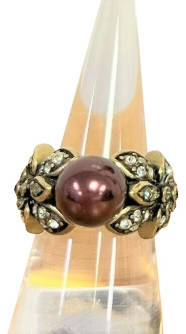Item - Purple Vine and Divine Simulated Violet Pearl Crystal Size 6 Ring