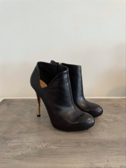 Guess By Marciano Black Ankle Cut-out Boots/Booties Size US 5 Regular (M, B) Guess By Marciano Black Ankle Cut-out Boots/Booties Size US 5 Regular (M, B) Image 2