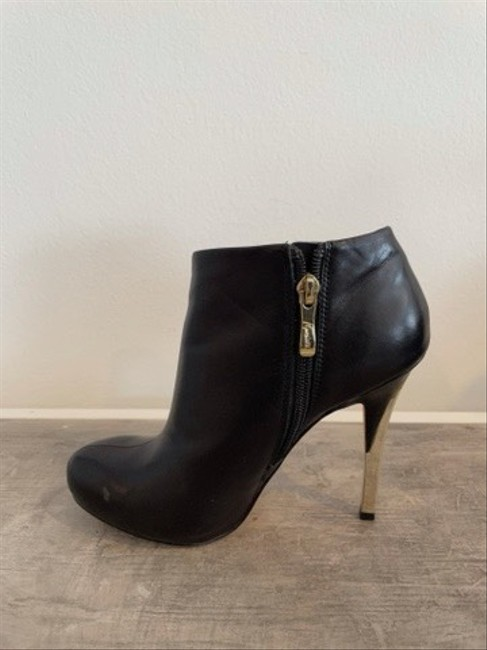 Guess By Marciano Black Ankle Cut-out Boots/Booties Size US 5 Regular (M, B) Guess By Marciano Black Ankle Cut-out Boots/Booties Size US 5 Regular (M, B) Image 6