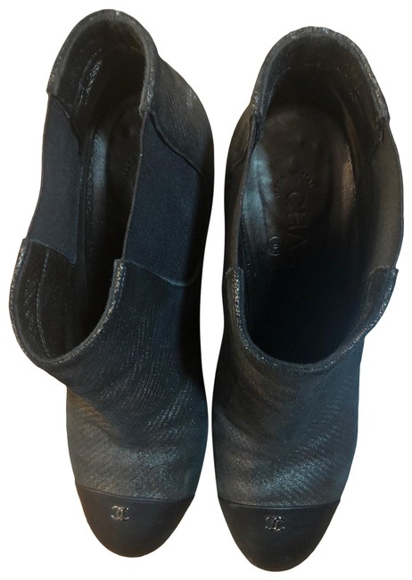 Item - Black and Grey Classic Boots/Booties Size EU 41 (Approx. US 11) Regular (M, B)