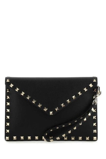 Item - Garavani Rockstud Envelope Pouch Black Leather Wristlet