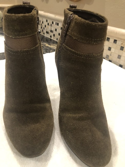 Item - Olive No Boots/Booties Size US 8.5 Regular (M, B)