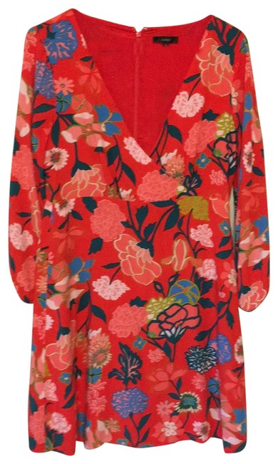 Item - Red with Flower Design . Short Casual Dress Size 6 (S)