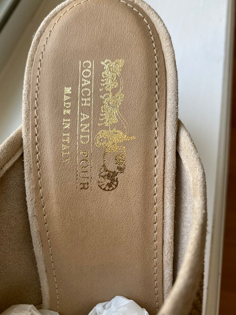 Coach Nude and Gold Sandals Mules/Slides Size US 8.5 Regular (M, B) Coach Nude and Gold Sandals Mules/Slides Size US 8.5 Regular (M, B) Image 7
