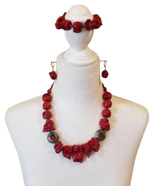 Item - Red Silver Coral Set (Necklace Bracelet Earrings)