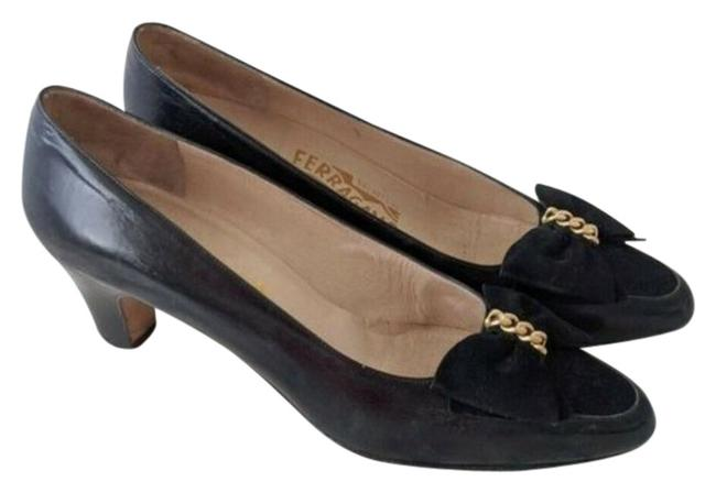 Salvatore Ferragamo Black Velvet Bow and Chain Leather Heels Pumps Size US 8.5 Narrow (Aa, N) Salvatore Ferragamo Black Velvet Bow and Chain Leather Heels Pumps Size US 8.5 Narrow (Aa, N) Image 1