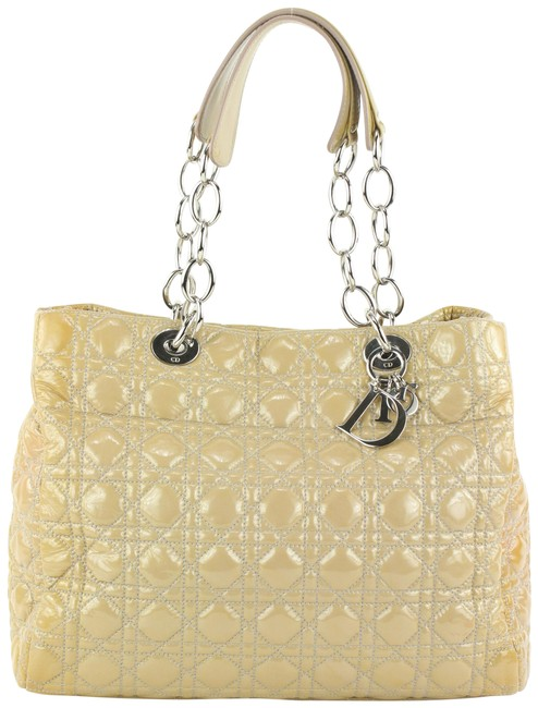 Item - Bag Quilted Soft Shopping Chain 78da426 Beige Patent Leather Tote