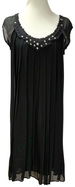 Item - Black Studded Neckline Layered Mid-length Night Out Dress Size 6 (S)