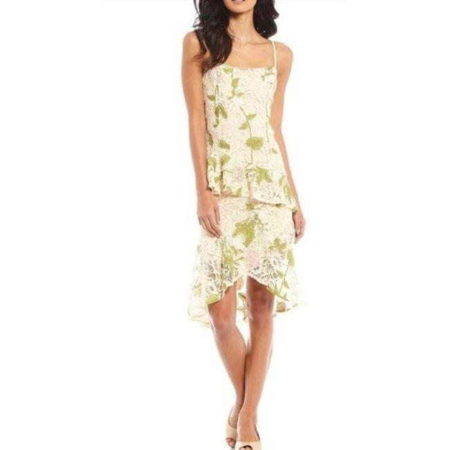 Item - Cream Green Debbie Ruffle Floral Lace Mid-length Cocktail Dress Size 6 (S)