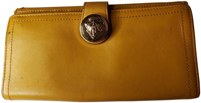 Gucci Mustard Yellow Leather with Crest Wallet Gucci Mustard Yellow Leather with Crest Wallet Image 1