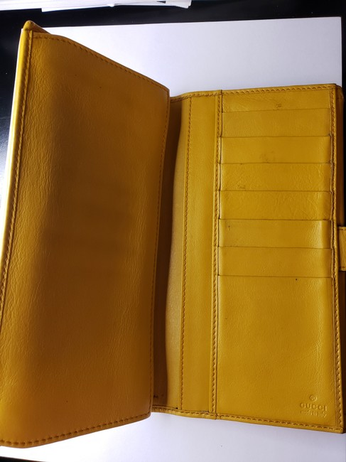 Gucci Mustard Yellow Leather with Crest Wallet Gucci Mustard Yellow Leather with Crest Wallet Image 7