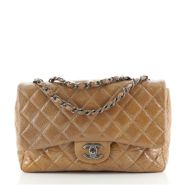 Item - Classic Flap Vintage Classic Single Quilted Crinkled Jumbo Brown Patent Leather Cross Body Bag