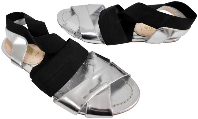 Item - Silver Black Leather Elastic Strappy Flat Italy Sandals Size EU 38 (Approx. US 8) Regular (M, B)