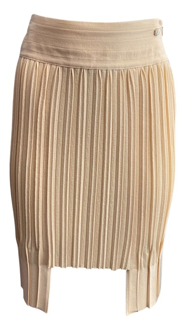 Item - Beige Pleated Skirt Size 6 (S, 28)