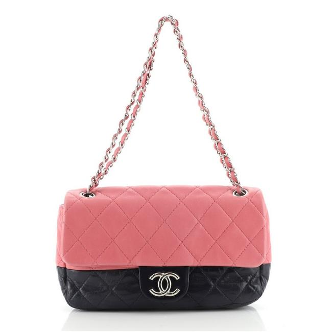 Item - Classic Flap Bicolor Cc Chain Quilted Lambskin Medium Blue Pink Leather Shoulder Bag
