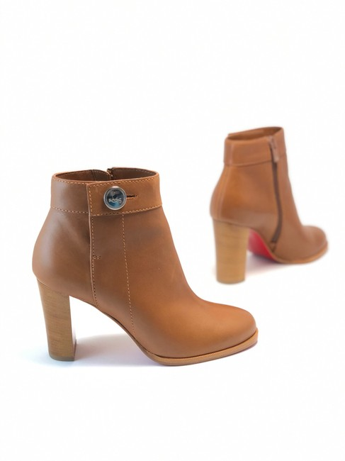 Item - Brown Janis Leather Button Boots/Booties Size EU 37.5 (Approx. US 7.5) Regular (M, B)