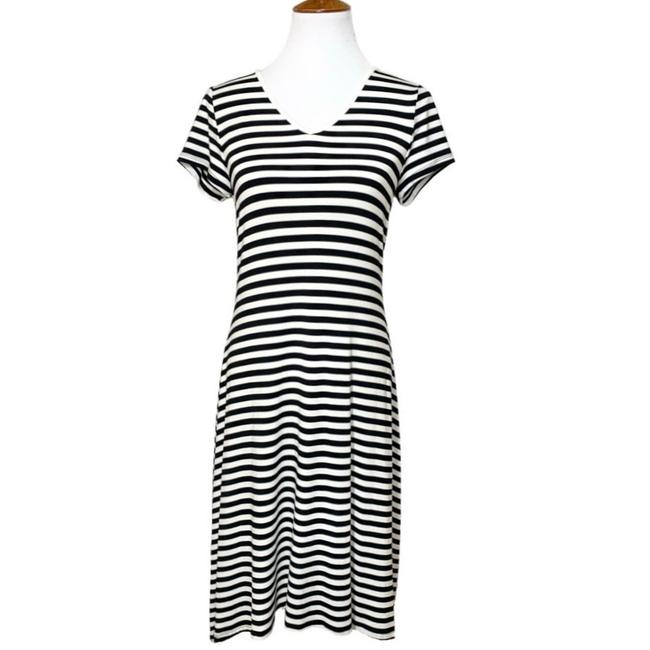 Item - Black White Striped Lace Up Tie Mid-length Casual Maxi Dress Size 6 (S)