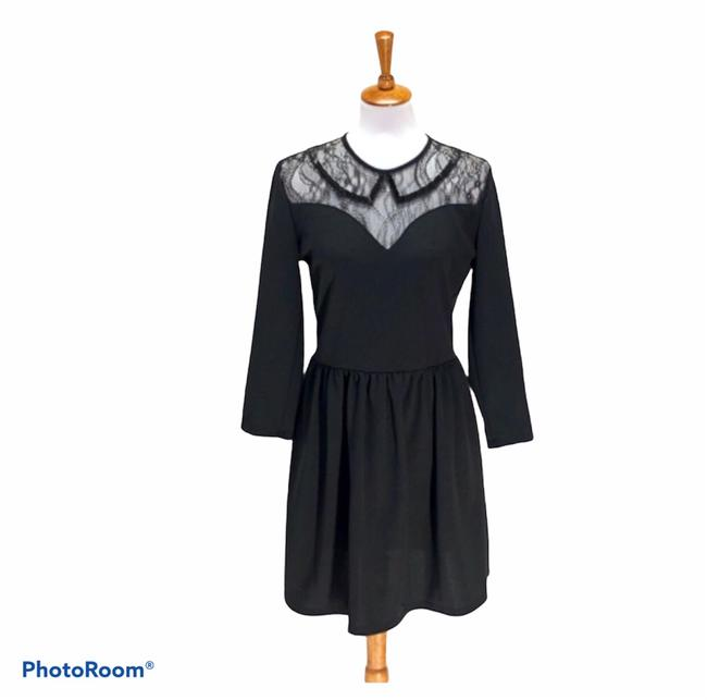 Item - Black Lace Peter Pan Collar Fit And Mid-length Work/Office Dress Size 10 (M)