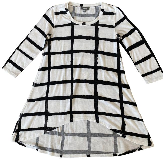 Item - Windowpane Black White Sweater