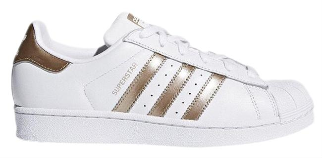 Item - White and Rose Gold W Superstar Low Top Sneakers Size US 7 Regular (M, B)
