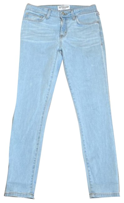 Item - Light Blue Wash Straight Leg Jeans Size 26 (2, XS)