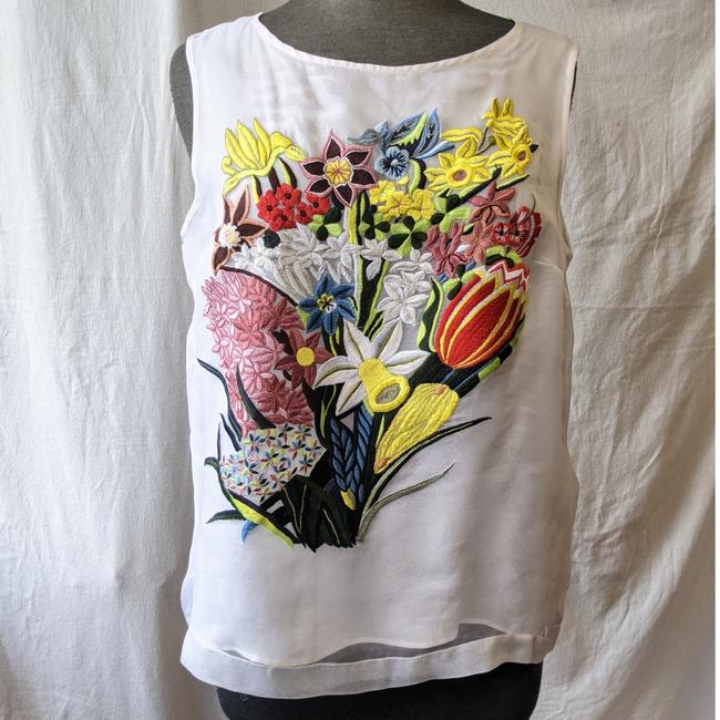 Item - White Silk-organza Floral Embroidery Blouse Size 8 (M)