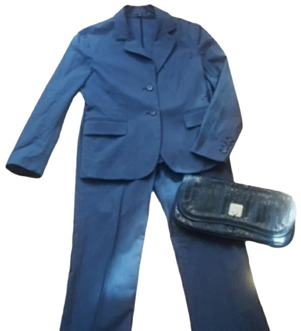 Item - Great To Add To Wardrobe. Pre-loved. Like New. Grey/Blue **picture #4 Shows Color** -blazer Two Front 3 // Pant Suit Size 4 (S)