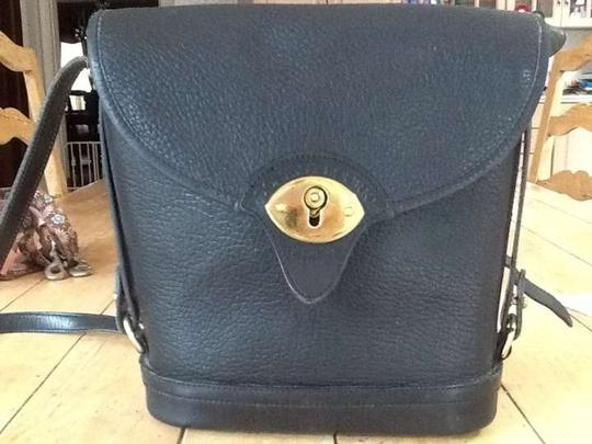 Preload https://item5.tradesy.com/images/dooney-and-bourke-vintage-textured-black-leather-cross-body-bag-29054-0-0.jpg?width=440&height=440
