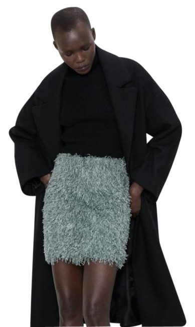 Item - Green Feather Skirt Size 4 (S, 27)