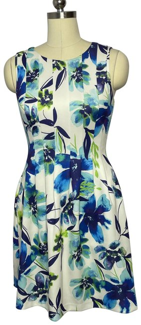 Item - White Multi Fit/Flare Floral Tropical Mid-length Work/Office Dress Size 6 (S)