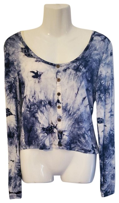 Item - White/Grey/Blue L Cropped Button-up Marble White/Grey/Blue Blouse Size 12 (L)