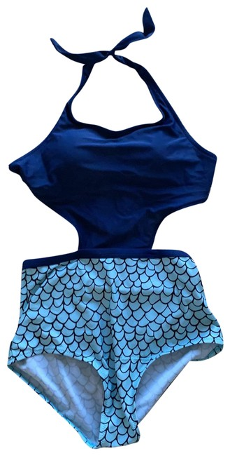 Item - Navy Cut Out One-piece Bathing Suit Size 6 (S)