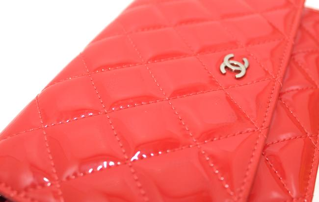 Chanel Chain Wallet on Woc Red Patent Leather Messenger Bag Chanel Chain Wallet on Woc Red Patent Leather Messenger Bag Image 8