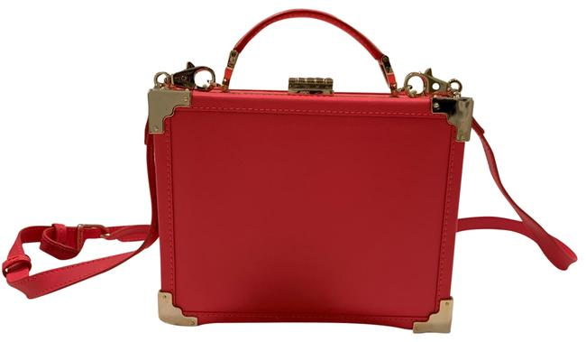 Item - Trunk Clutch Pink Leather Cross Body Bag