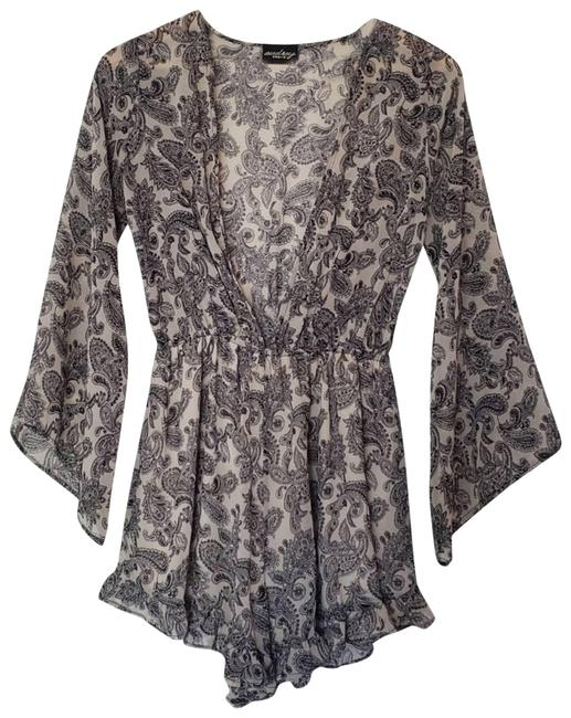 Item - Gray Long Sleeve Paisley Print Size S Romper/Jumpsuit