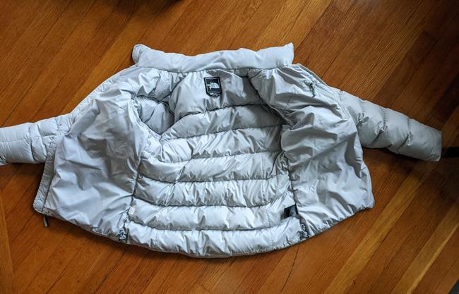 The North Face Silver Grey 700 Puffer Activewear Outerwear Size 8 (M) The North Face Silver Grey 700 Puffer Activewear Outerwear Size 8 (M) Image 7
