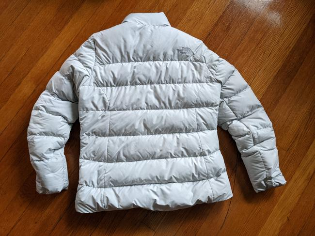 The North Face Silver Grey 700 Puffer Activewear Outerwear Size 8 (M) The North Face Silver Grey 700 Puffer Activewear Outerwear Size 8 (M) Image 8