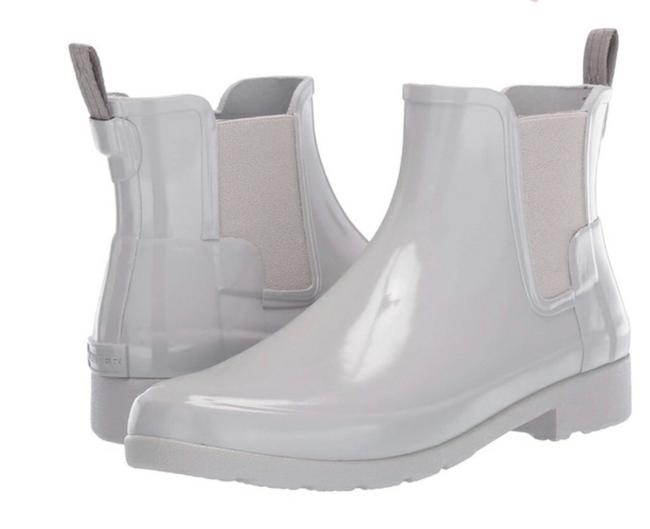 Item - Grey Refined Chelsea Gloss Boots/Booties Size US 8 Regular (M, B)