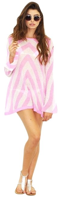 Preload https://item1.tradesy.com/images/wildfox-pinkwhite-candy-store-swinger-short-casual-dress-size-4-s-2906290-0-0.jpg?width=400&height=650