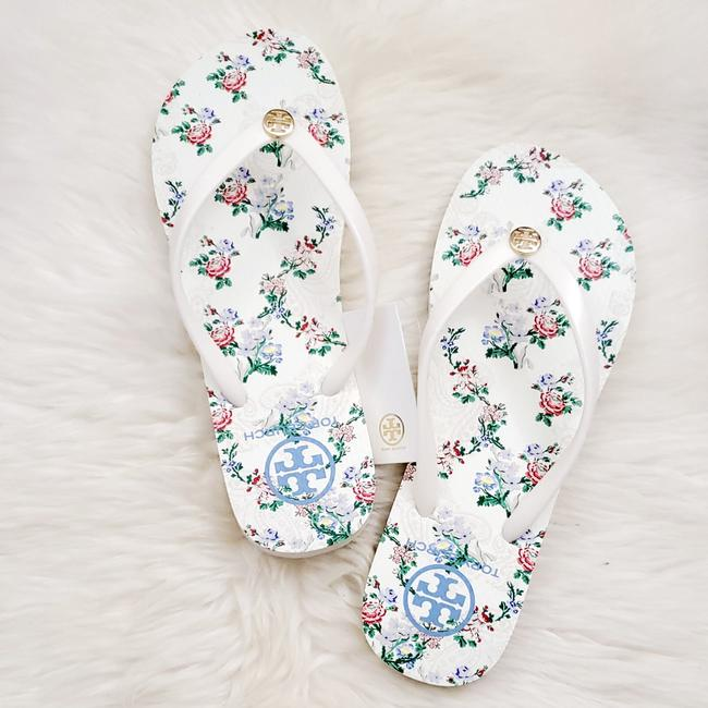 Item - Ivory/French Paisley Floral Flip-flops Sandals Size US 9 Narrow (Aa, N)