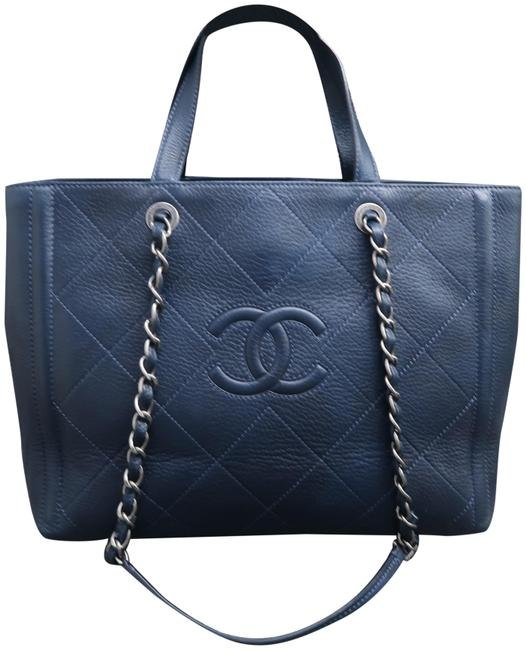 Item - Quilted Timeless Navy Leather Satchel