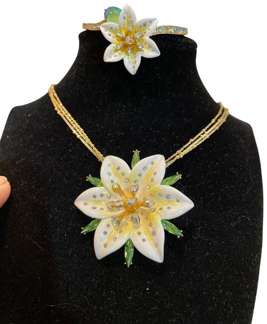 Item - White Yellow Blue 40% Off Necklace