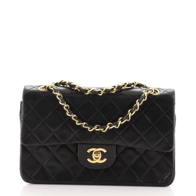 Item - Classic Flap Vintage Classic Double Quilted Lambskin Small Black Leather Shoulder Bag