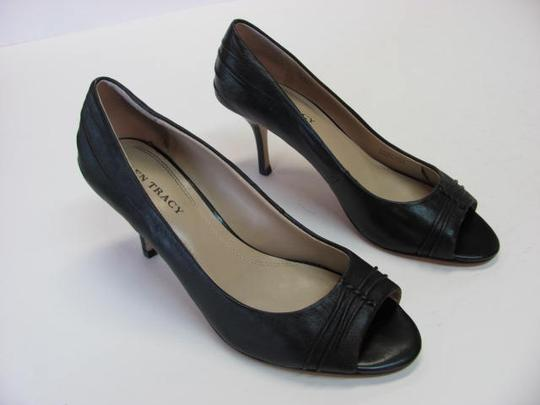 Ellen Tracy Very Good Condition Size 8.50m Leather black Pumps Image 1